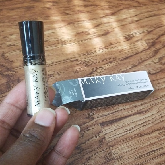 Mary Kay Other - NEW 🔥🔥Golden/Dore Lipgloss